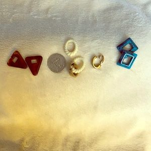 Avon Earrings with Interchangeable Color & Shapes